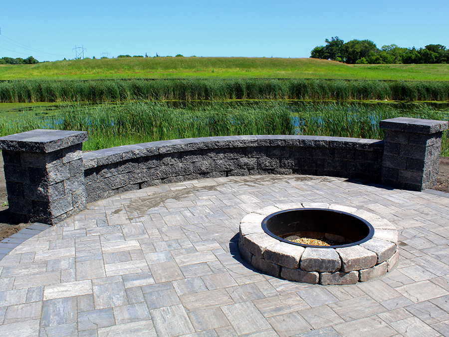 Mankato Outdoor Living Space